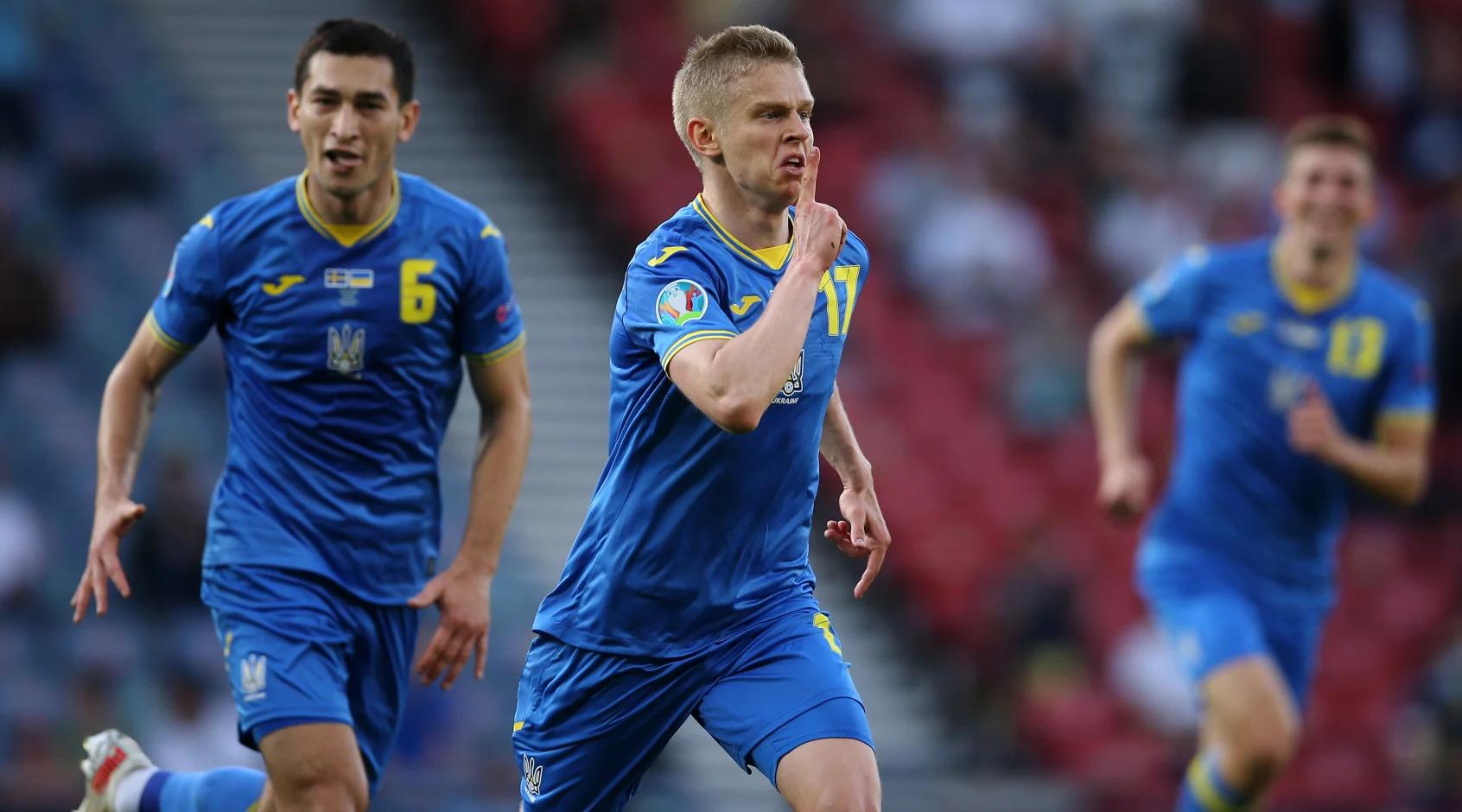 Украина одержала волевую победу над Швецией и впервые в истории прошла в 1/4 финала Евро